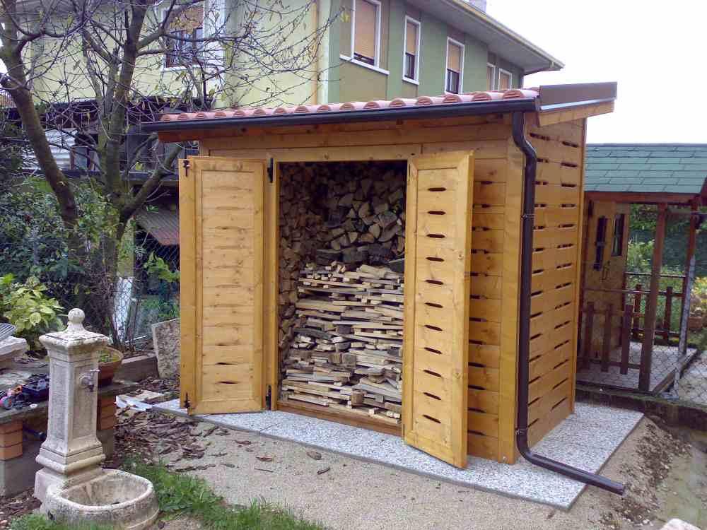 Costruzione legnaie e porta legna su misura da giardino for Leroy merlin legnaia