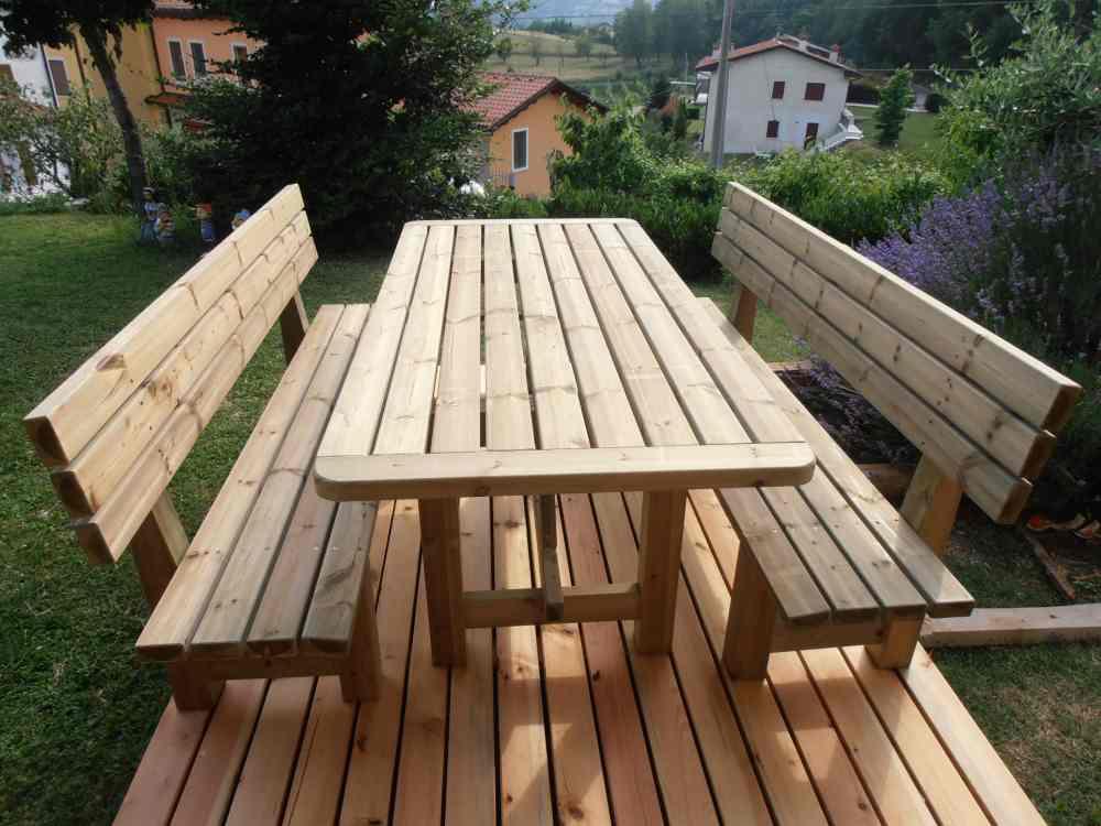Realizzazione tavoli e panche in legno da giardino romax - Panche e tavoli da esterno ...