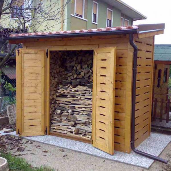 Costruzione casette in legno da bambino e giardino a for Leroy merlin legnaia